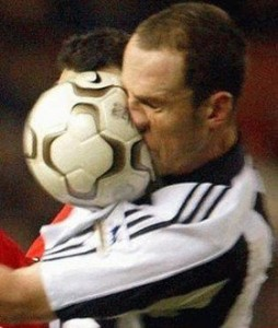 Ball ins Gesicht